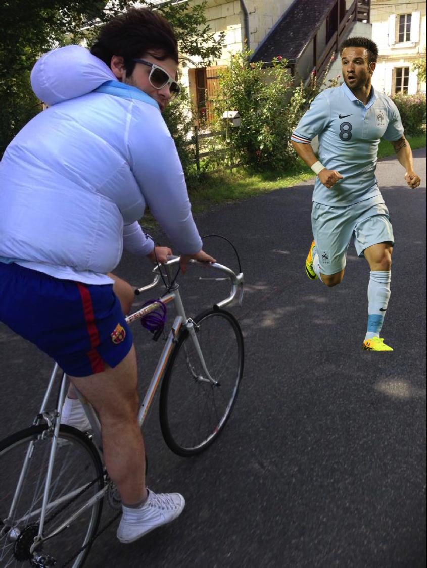 Un cycliste gonflé à bloc